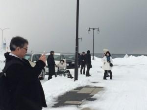 20150126 北の果て 宗谷岬 これから礼拝 集まってきています